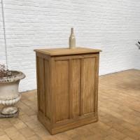 Oak counter shop