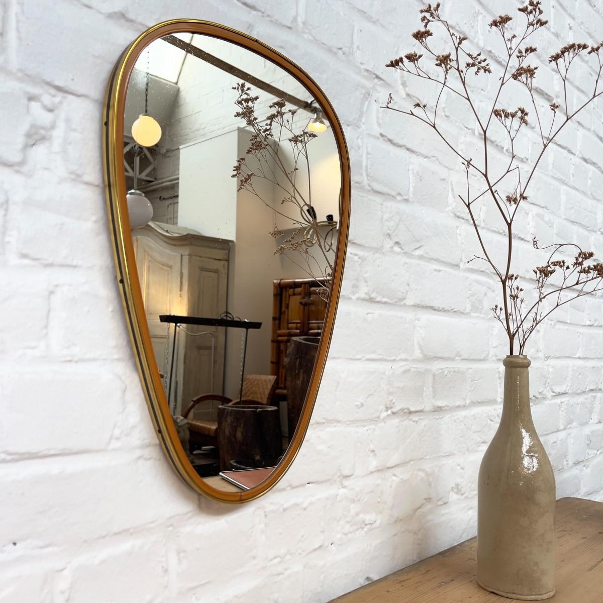 Asymmetric design mirror 1960