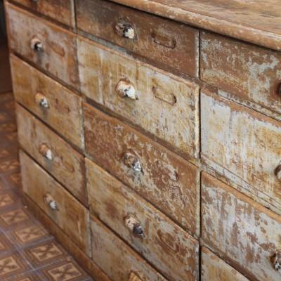 Ancien meuble de métier à tiroirs 1900