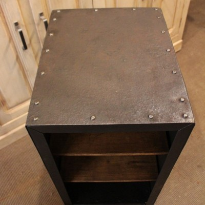 Small metal workshop furniture