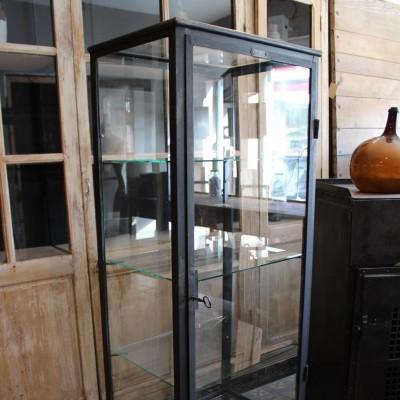 Ancienne vitrine médicale en métal