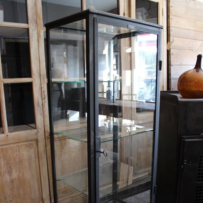 mobilier industriel ancienne vitrine m dicale en m tal. Black Bedroom Furniture Sets. Home Design Ideas