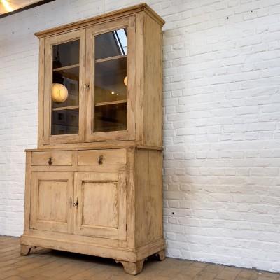 Ancien buffet deux corps en bois