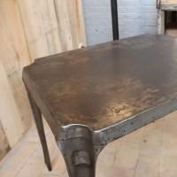 Table en métal Multipl's 1950