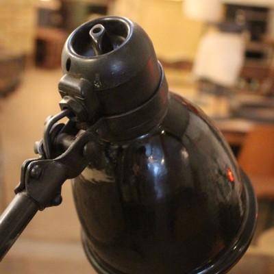 Ancienne lampe d'atelier