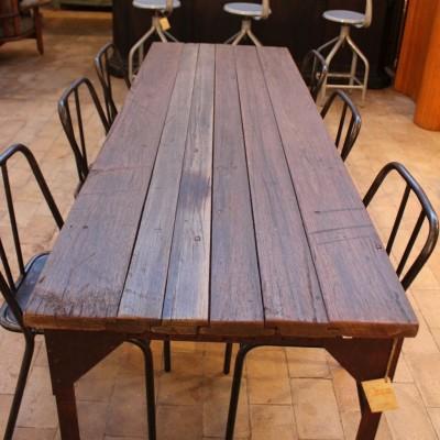 Ancienne table d'atelier métal et bois
