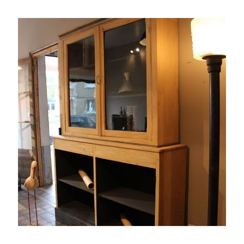 mobilier industriel ancien meuble de commerce en bois. Black Bedroom Furniture Sets. Home Design Ideas
