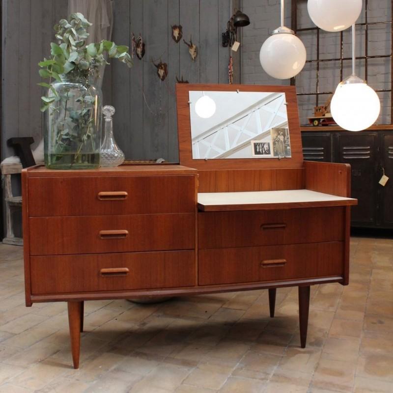 mobilier industriel coiffeuse scandinave en teck 1960. Black Bedroom Furniture Sets. Home Design Ideas