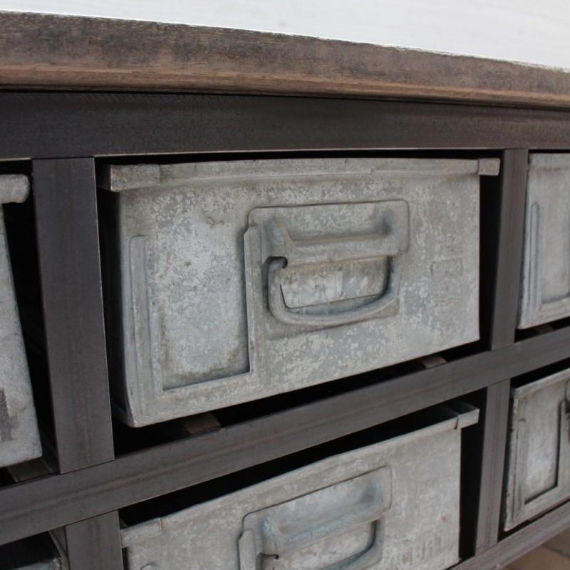 mobilier industriel ancien meuble industriel. Black Bedroom Furniture Sets. Home Design Ideas