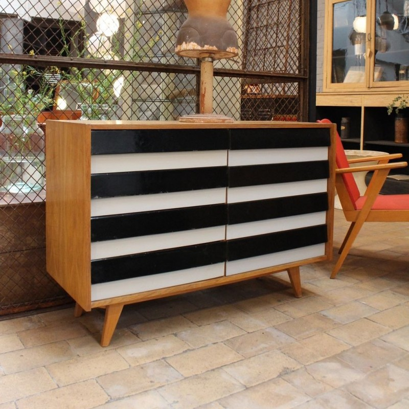 mobilier industriel commode vintage bois et plastique jiri jiroutek 1960. Black Bedroom Furniture Sets. Home Design Ideas