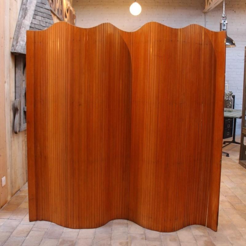 mobilier industriel paravent enroulable en bois baumann. Black Bedroom Furniture Sets. Home Design Ideas