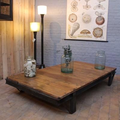 Grande table basse industrielle
