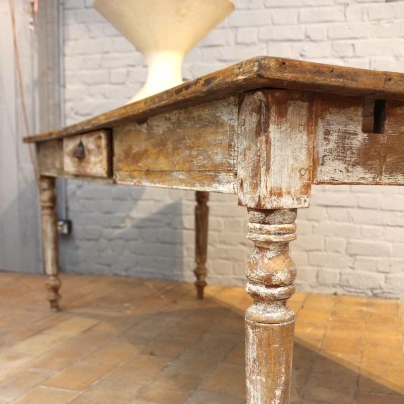 mobilier industriel ancienne table en bois. Black Bedroom Furniture Sets. Home Design Ideas