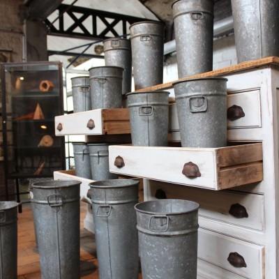 Metal florist buckets