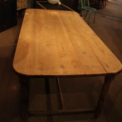 Ancienne table en bois vers 1890