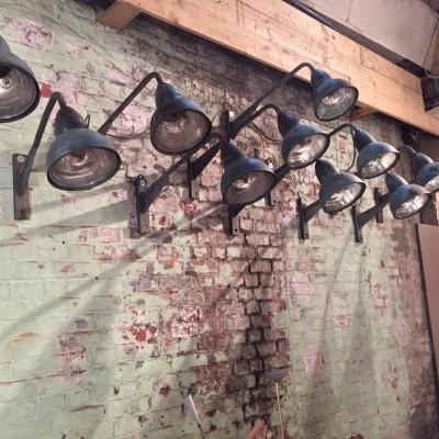 Anciennes appliques de rue en cuivre