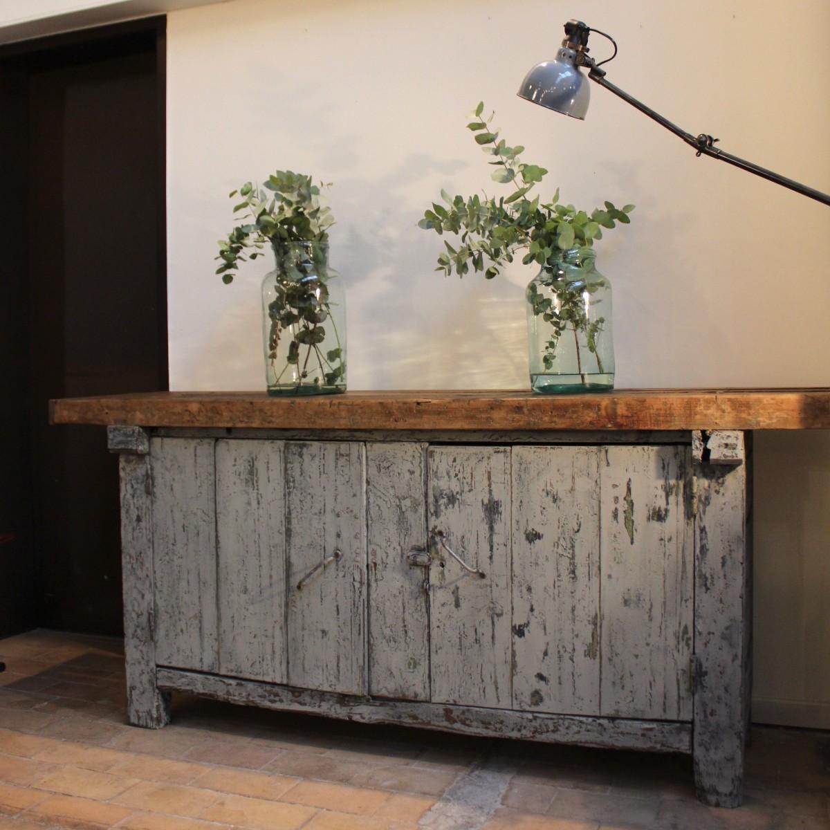 mobilier industriel ancien tabli en bois. Black Bedroom Furniture Sets. Home Design Ideas