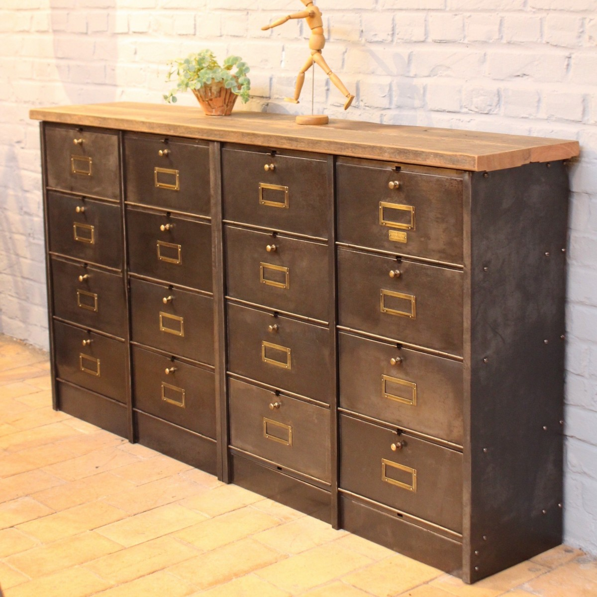 Ancien meuble clapets ron o for Meuble apothicaire ancien