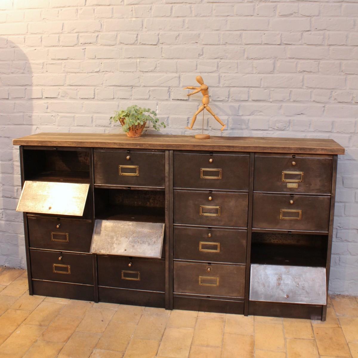 ancien meuble clapets ron o. Black Bedroom Furniture Sets. Home Design Ideas