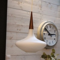 Suspension design opaline et verre