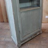 Ancienne vitrine en bois