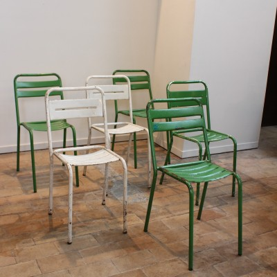 Set of 6 metal bistro chairs