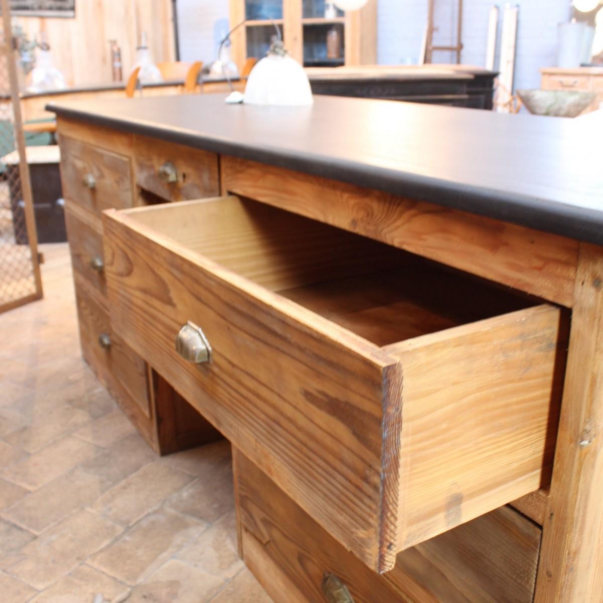 ancien bureau d 39 usine en bois. Black Bedroom Furniture Sets. Home Design Ideas