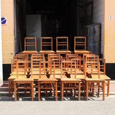 Série de 28 chaises de bistrot 1950