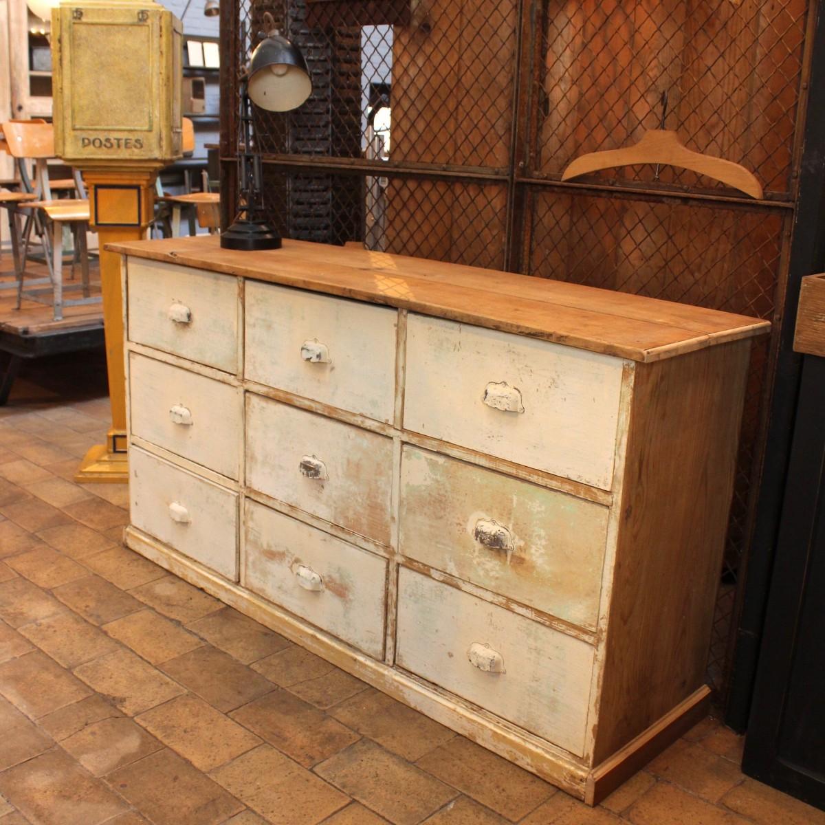ancien meuble de m tier tiroirs. Black Bedroom Furniture Sets. Home Design Ideas