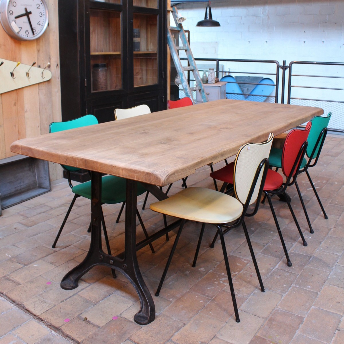 Table industrielle pied fonte