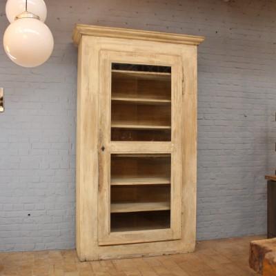 Ancienne armoire en bois des années 30