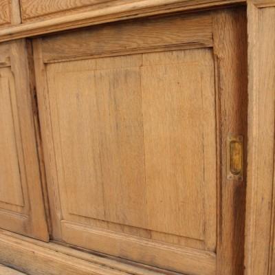 Ancien meuble de commerce en bois