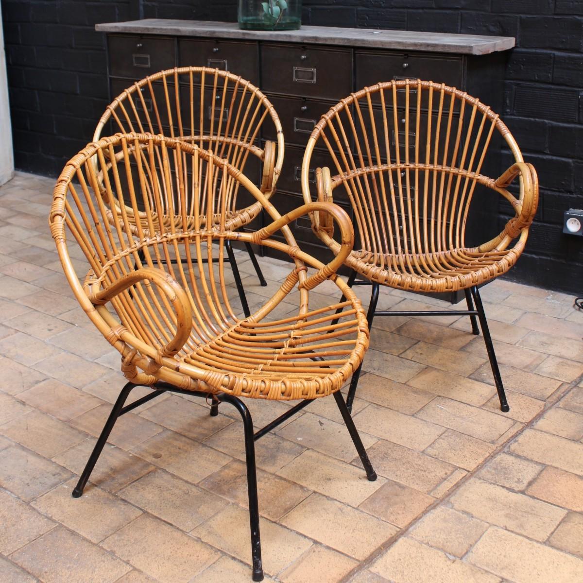 fauteuils vintage en rotin. Black Bedroom Furniture Sets. Home Design Ideas
