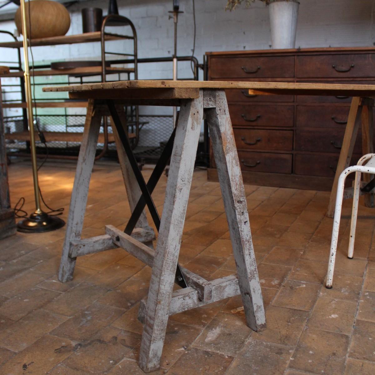 Ancienne table d 39 atelier - Table atelier industriel ...