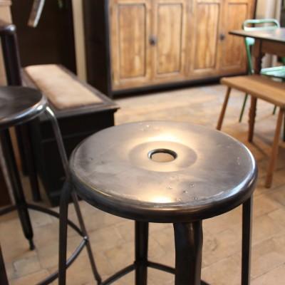 Série de 4 tabourets d'atelier Nicolle