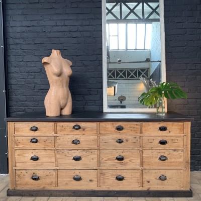 Drawer furniture cabinet
