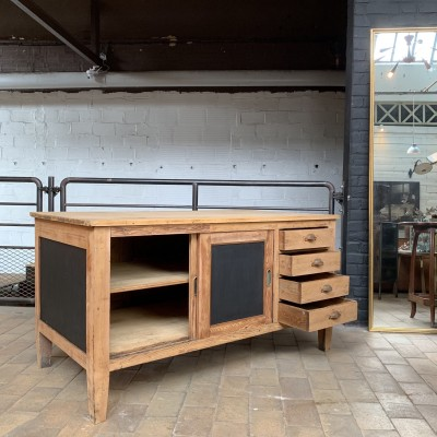 Former double sided wood workshop furniture