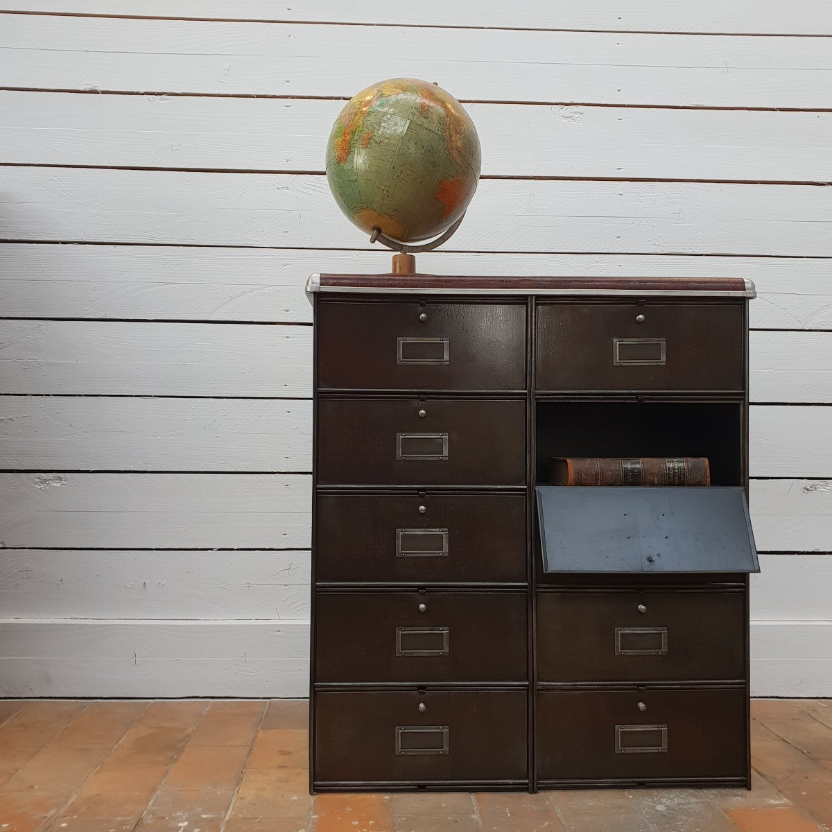 Industrial furniture 10 drawers