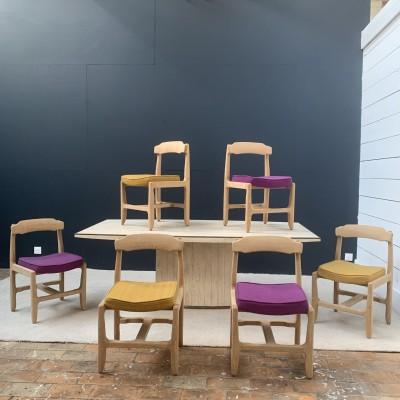 Série de 6 chaises en chêne de Guillerme et Chambron