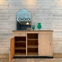 Wooden workshop furniture