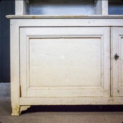 Meuble de cuisine en bois vers 1880
