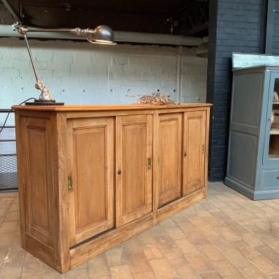 Ancien meuble de commerce en chêne