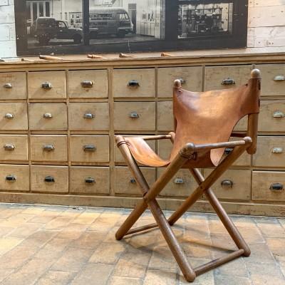 Fauteuil cuir et bois 1950