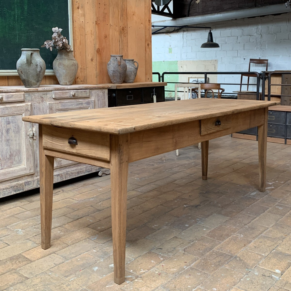 Ancienne table de ferme en châtaignier