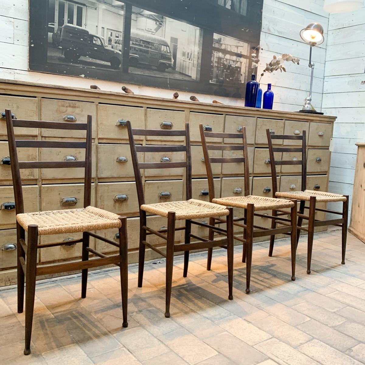 Série de 4 chaises vintage en cordes  1970