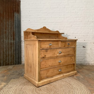 French wooden chest of drawers