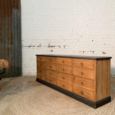 Ancien meuble bas à tiroirs en chêne TV télé
