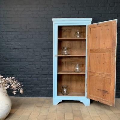 Former wooden cabinet