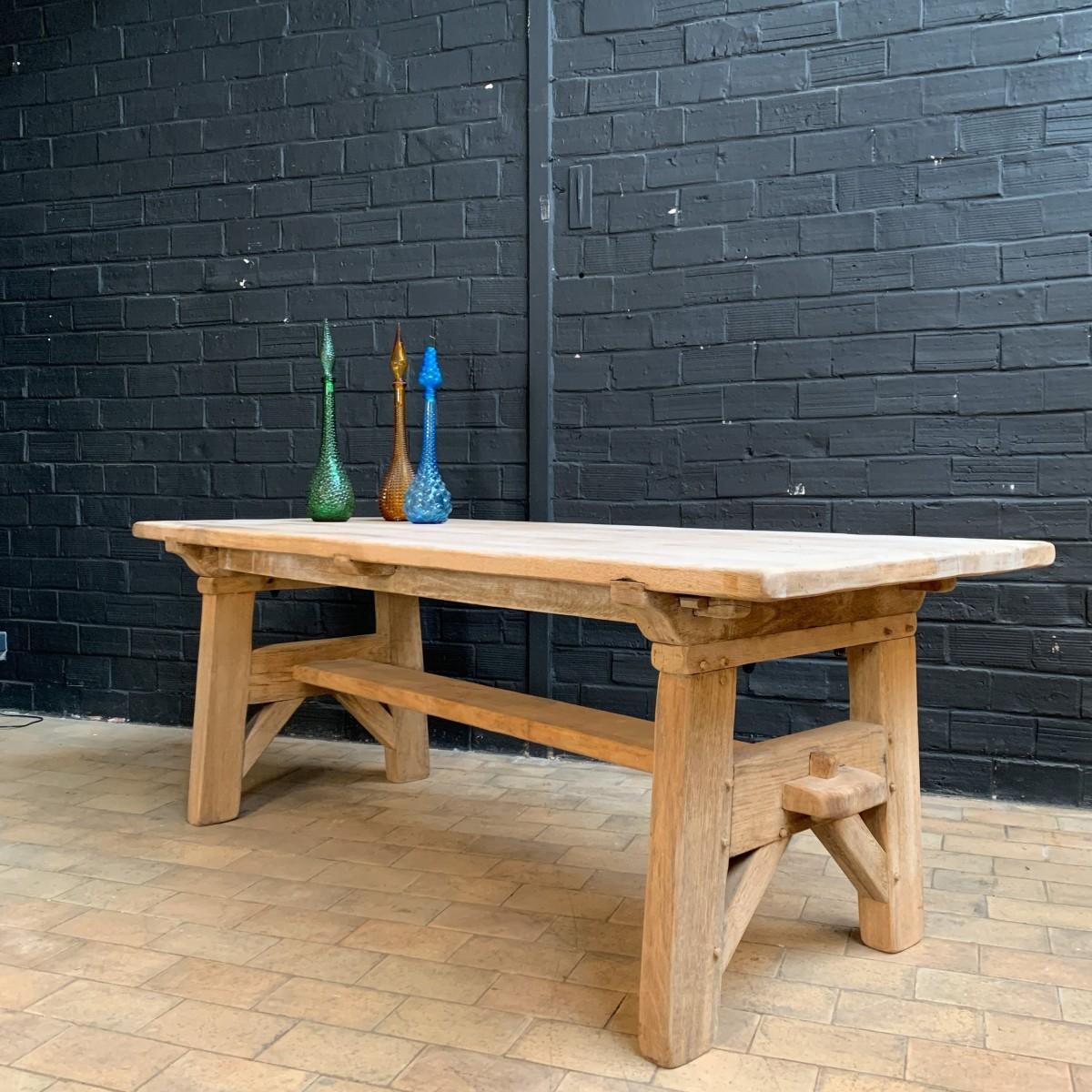 Ancienne table de monastère en chêne