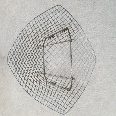 Pair of diamand armchairs by Harry BERTOIA